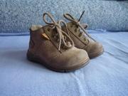 Продаются новые ботиночки-