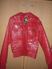 Продаётся  актуальная курточка